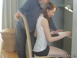 Kiara Mia الإباحية مقاطع و أفلام إلى حر