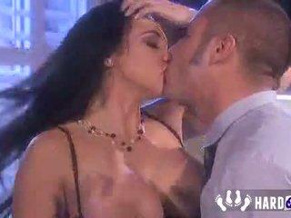 Seks met de exotische Audrey Bitoni