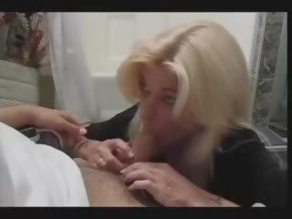 Oma anal dünne Reife oma