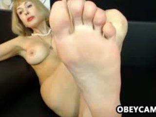 Mature Solo Feet