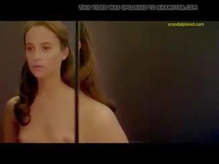 Nackt  Natalie Lorence Jennifer Lawrence