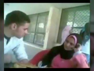 حجاب عربي جنس مجاني حقيقي العربية مجانا كس اللعنة